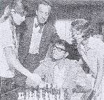 Cristina Ferrare Loa Akbright David Niven Chad Everett Michael Gordon chess schach ajedrez echecs